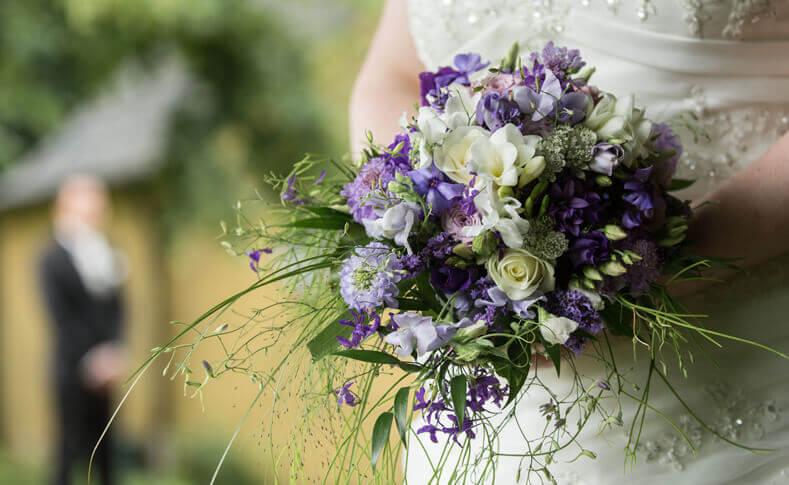 Hochzeit Ehepaar Pfeifer Brautstrauß