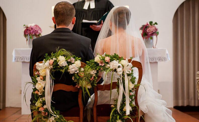 Hochzeit Franziska und Moritz Brautstühle