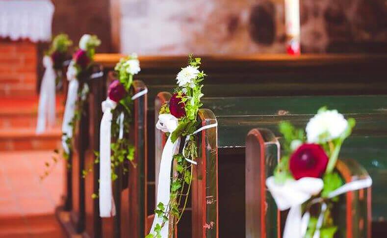 Hochzeit Julia und Patrick Dekoration in der Kirche