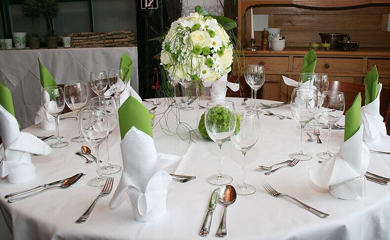Tischdekorationen ... von Blumen Jentsch Beispiel 9
