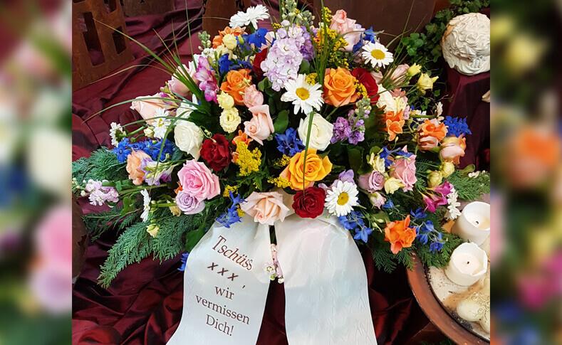 Trauerfloristik ... von Blumen Jentsch Beispiel 1