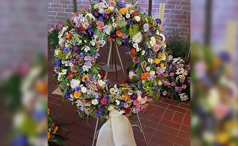Trauerfloristik ... von Blumen Jentsch Beispiel 10
