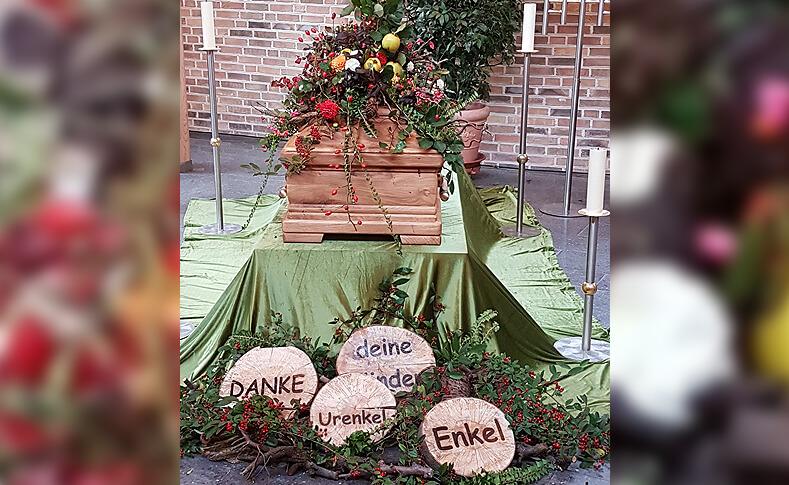 Trauerfloristik ... von Blumen Jentsch Beispiel 14