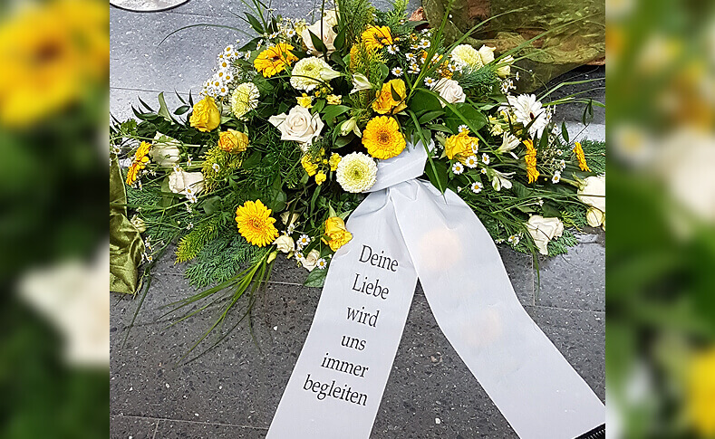 Trauerfloristik ... von Blumen Jentsch Beispiel 2