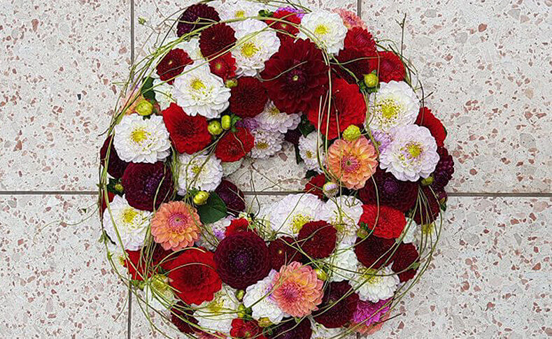 Trauerfloristik ... von Blumen Jentsch Beispiel 5